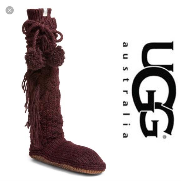 7dcdf961ddd NWT Ugg Cable Knit Slipper Socks cozy XS Boutique